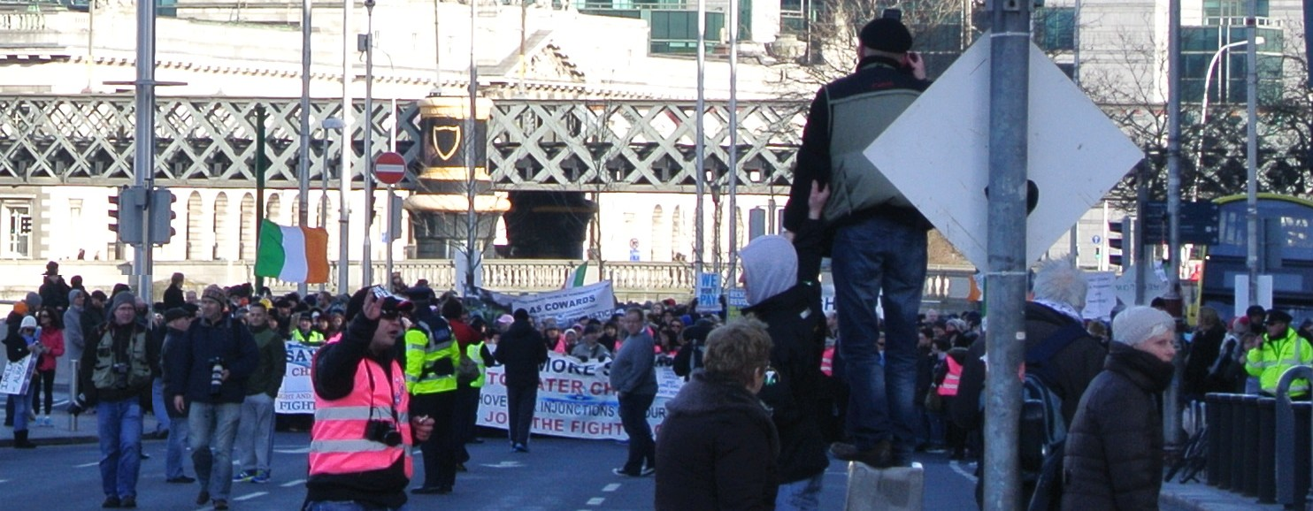 No description for image ../attachments/feb2015/dublin_waterchargesprotest_photo1_jan31_2015.jpg