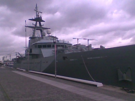 British warship picket , Dublin, Wednesday 19 August 09 at One pm.