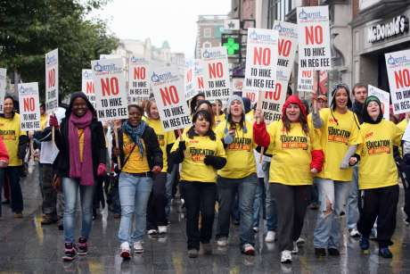 img_1374student_demonstarion_against_fees_hike.jpg